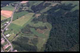 Vue aérienne Les Enneilles en 2000 [copyright Duchesne Jacques]